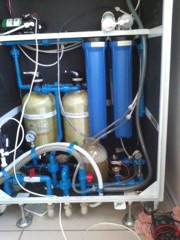Чистка мембраны фильтра обратного осмоса автомата Корисна вода